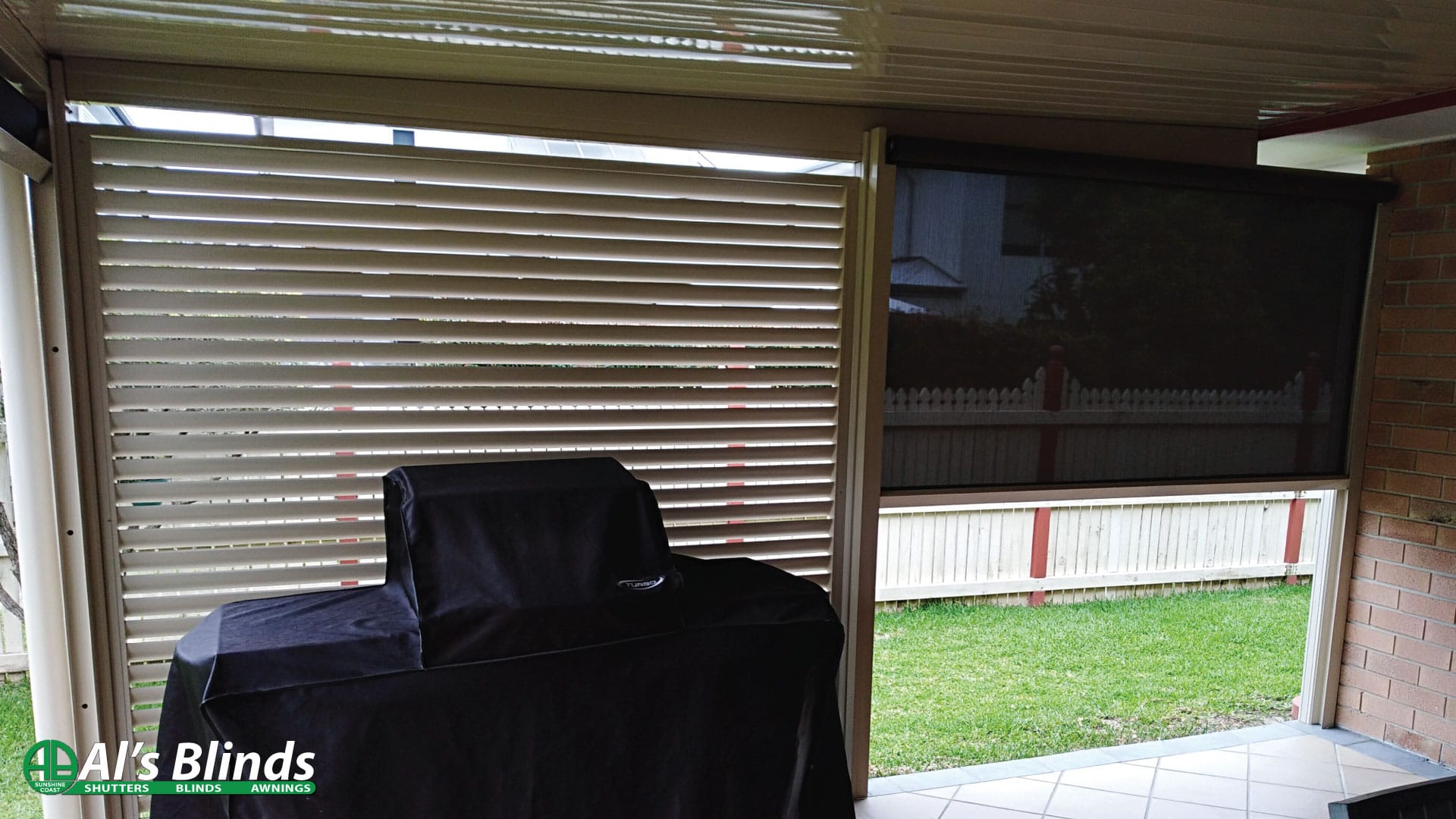 Aluminium Privacy Screen & multi-stop Blind